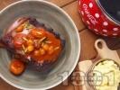 Рецепта Крехки свински ребра в сос със сушени кайсии, маринован арпаджик и картофено пюре